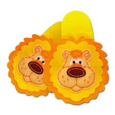 """Pantoffeln """"Löwe"""" aus Filz Filzen – der beliebte Bastelspaß für Erwachsene und Kinder."""
