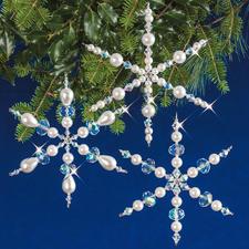 3 Schneeflocken im Set, 10 cm Weihnachtsschmuck aus echten Kristall- und glänzenden Glasperlen