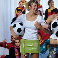 "Modell 829/5, Minirock ""Fußballfeld"" aus Catania Grande von Schachenmayr smc Modell 829/5, Minirock aus Catania Grande von Schachenmayr smc"