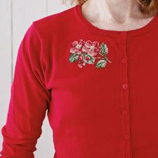 """Stickmotiv """"Rote Blumen"""" Sticken, waschen, tragen – für alle Individualisten."""