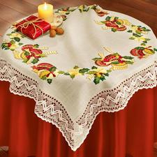"""Tischwäsche oder Kissen mit Makramee-Spitze """"Weihnachtskugeln"""" Stickideen zur Weihnachtszeit."""