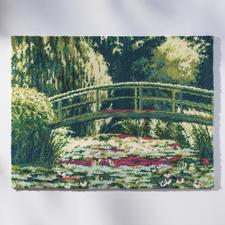 """Wandbehang """"Japanische Brücke"""" Als Wandbild oder Teppich von Claude Monet."""