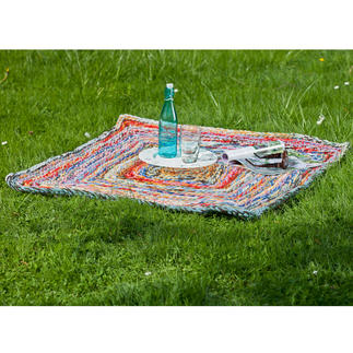 Häkel-Teppich - Smaland Aus bunt gemixter Wolle.