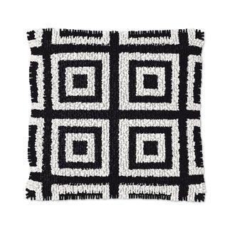Knüpfkissen - Black & White No. 8
