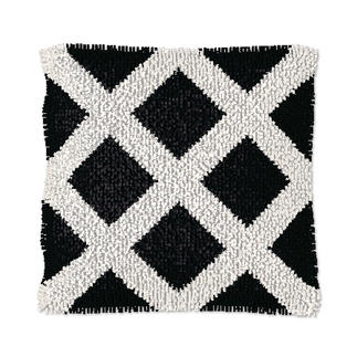 Knüpfkissen - Black & White No. 3