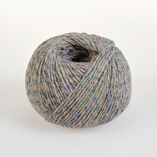Swing von Junghans-Wolle Abwechslungsreich bedrucktes Schnellstrickgarn in Pixeloptik.