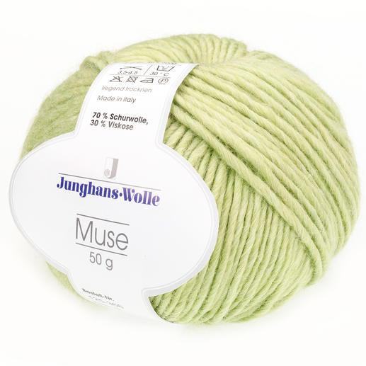 Muse von Junghans-Wolle Leicht meliertes Dochtgarn mit hochwertigem Viskoseanteil.