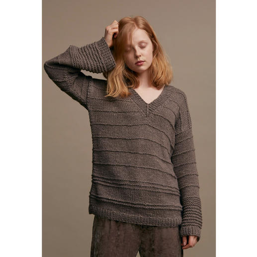 Anleitung 028 Touch of Taupe, Pullover aus Earth von WOOLADDICTS by Lang Yarns